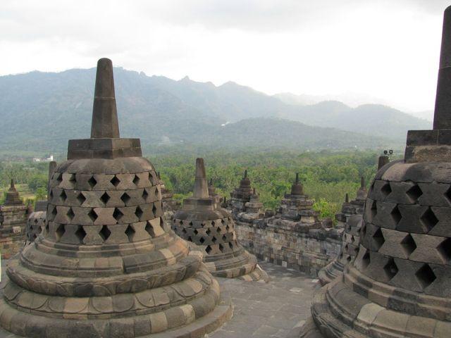 Страна Индонезия
