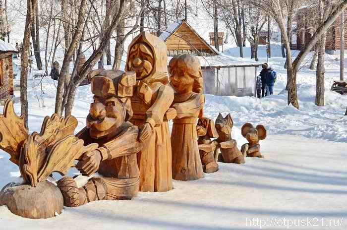 резные скульптуры из дерева